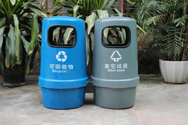 沈阳玻璃钢垃圾桶制作全过程介绍